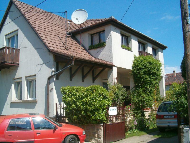 Zeb-19 Hamvas ház – Nagymaros – kiadó apartman – szállás