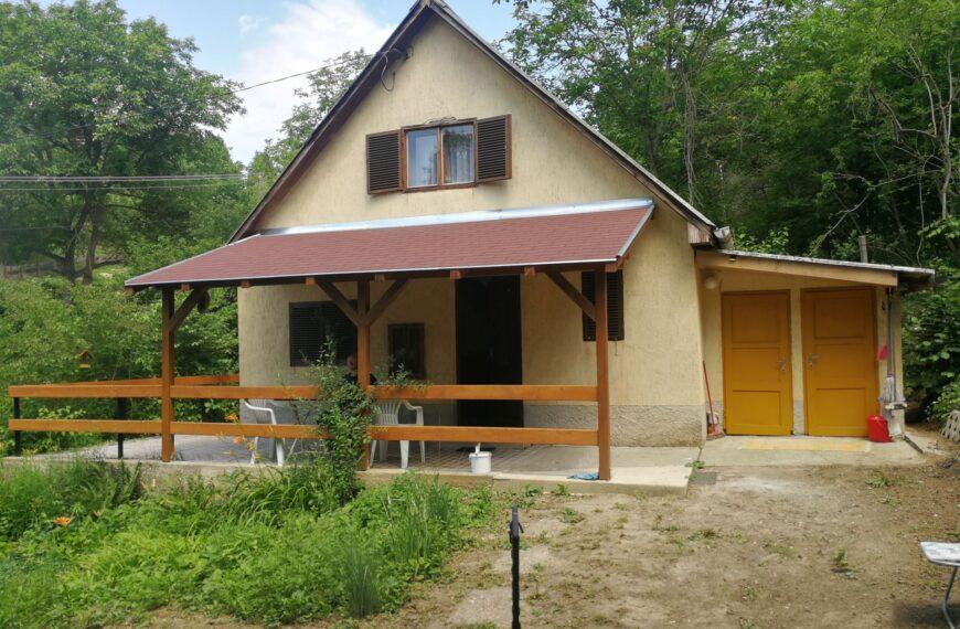 Zeb-28 Kis Vuk, Ap-Róka vendég ház