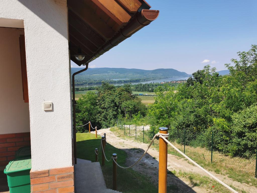 Zeb-11 Dunakanyar-panoráma ház